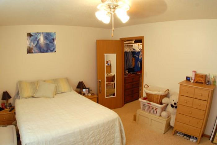 Whittier Court Apartments - 1 Bed with Garage
